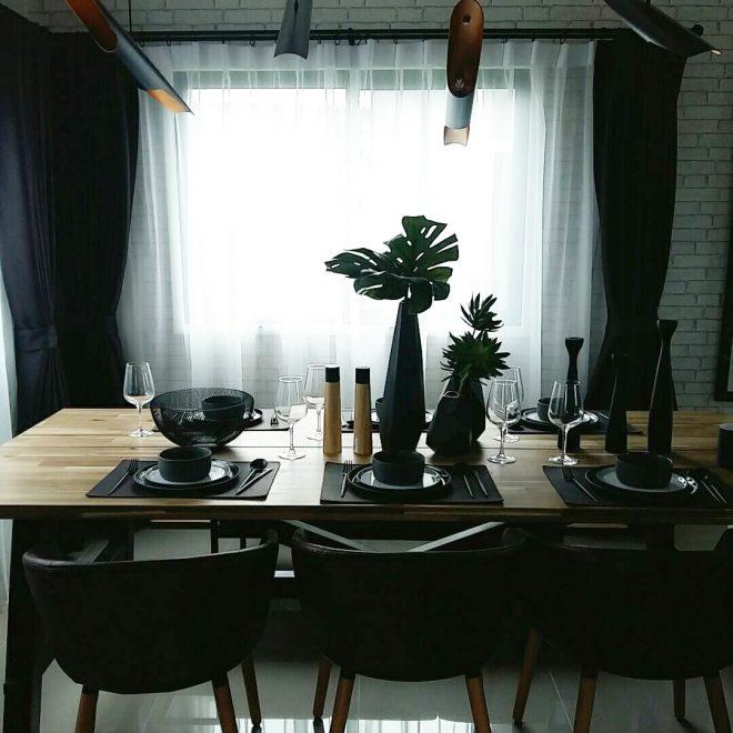 DINING AREA 1-01